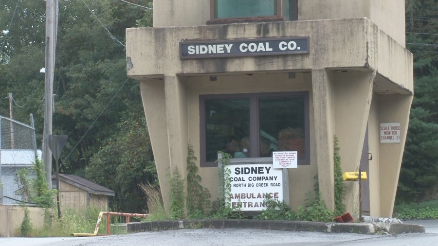 Pike County, Kentucky coal mine closing impacts community