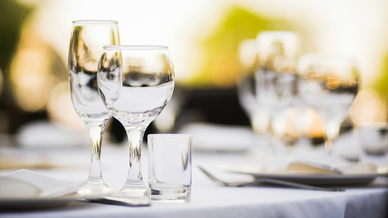 rehearsal-dinner-food-weddings_1517003955629_336933_ver1_20180127195009-159532