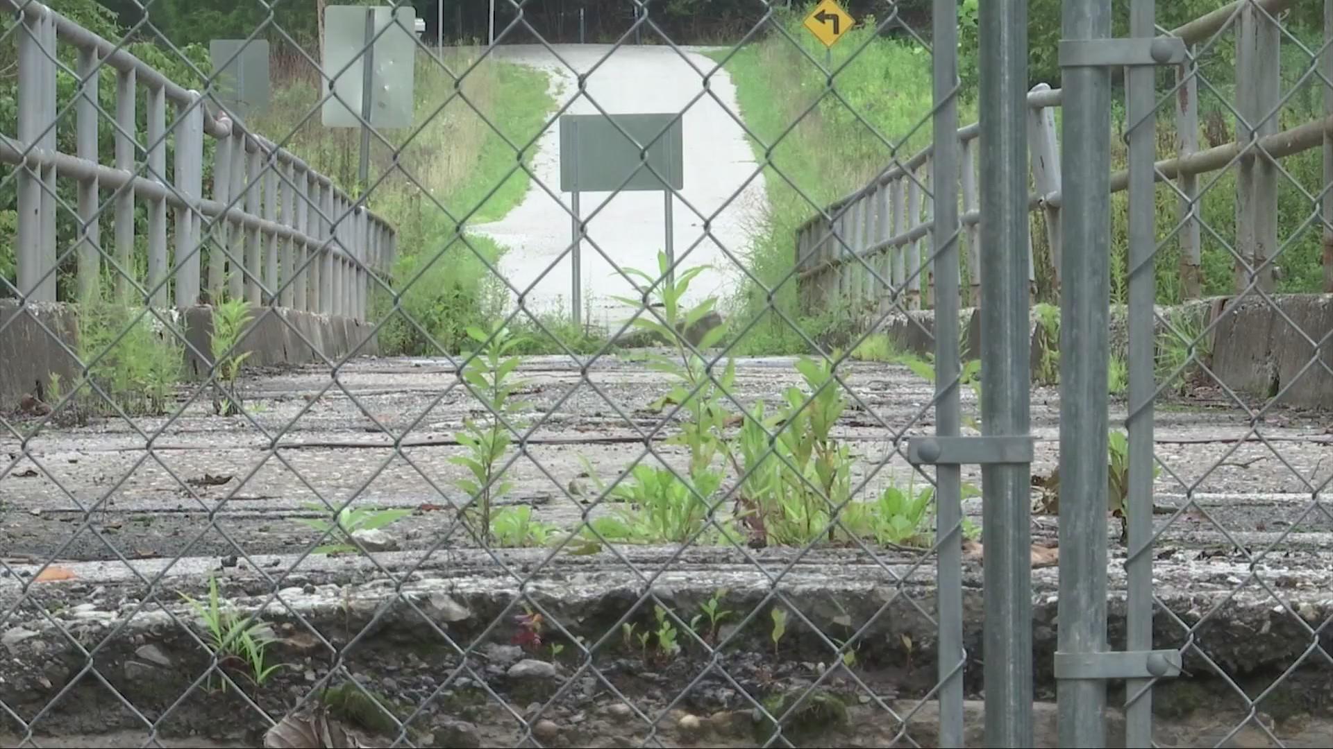 Residents Feeling Forgotten Given Bridge's Condition