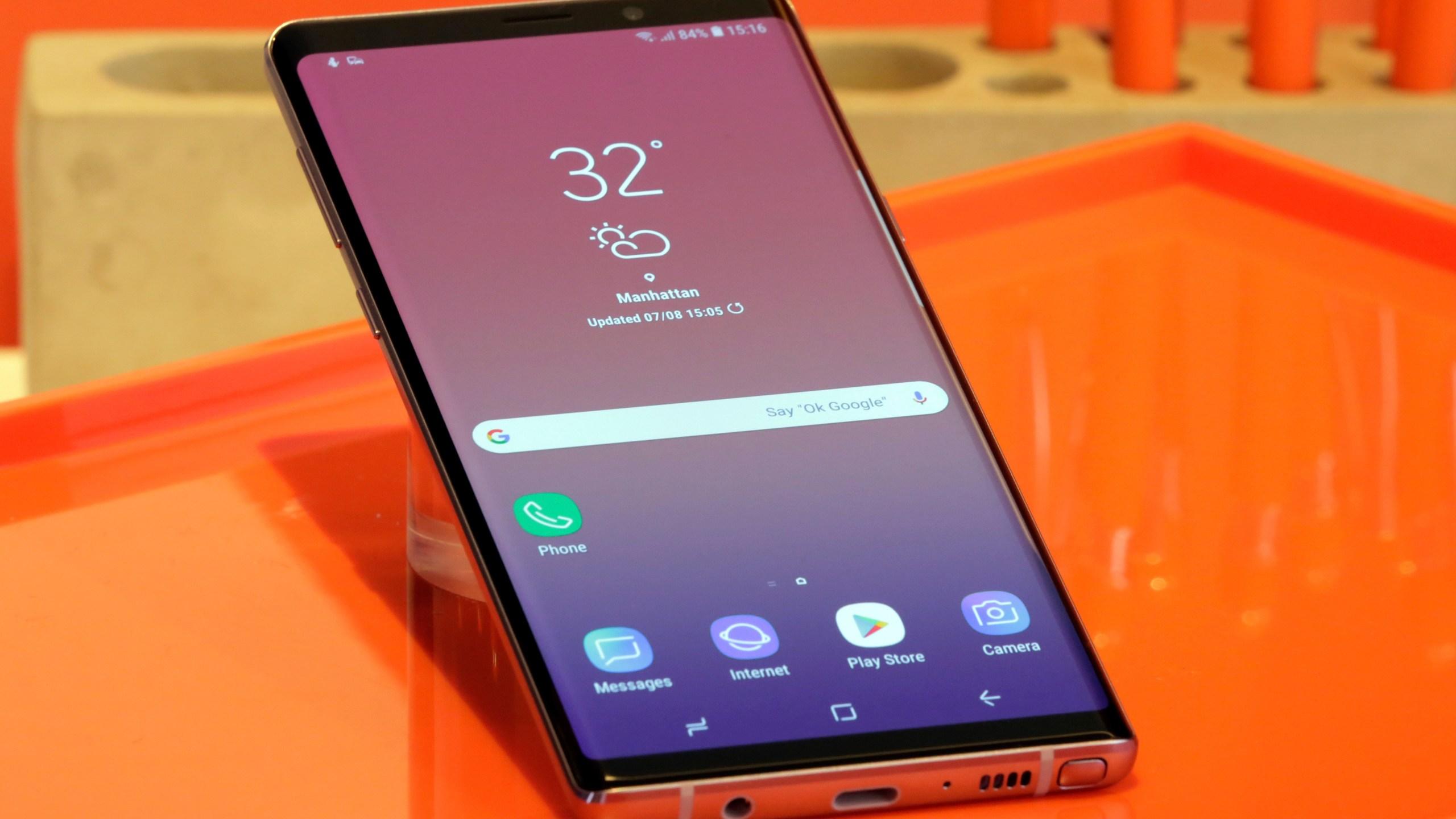 TEC_Samsung's_Next_Phone_84360-159532.jpg69308567
