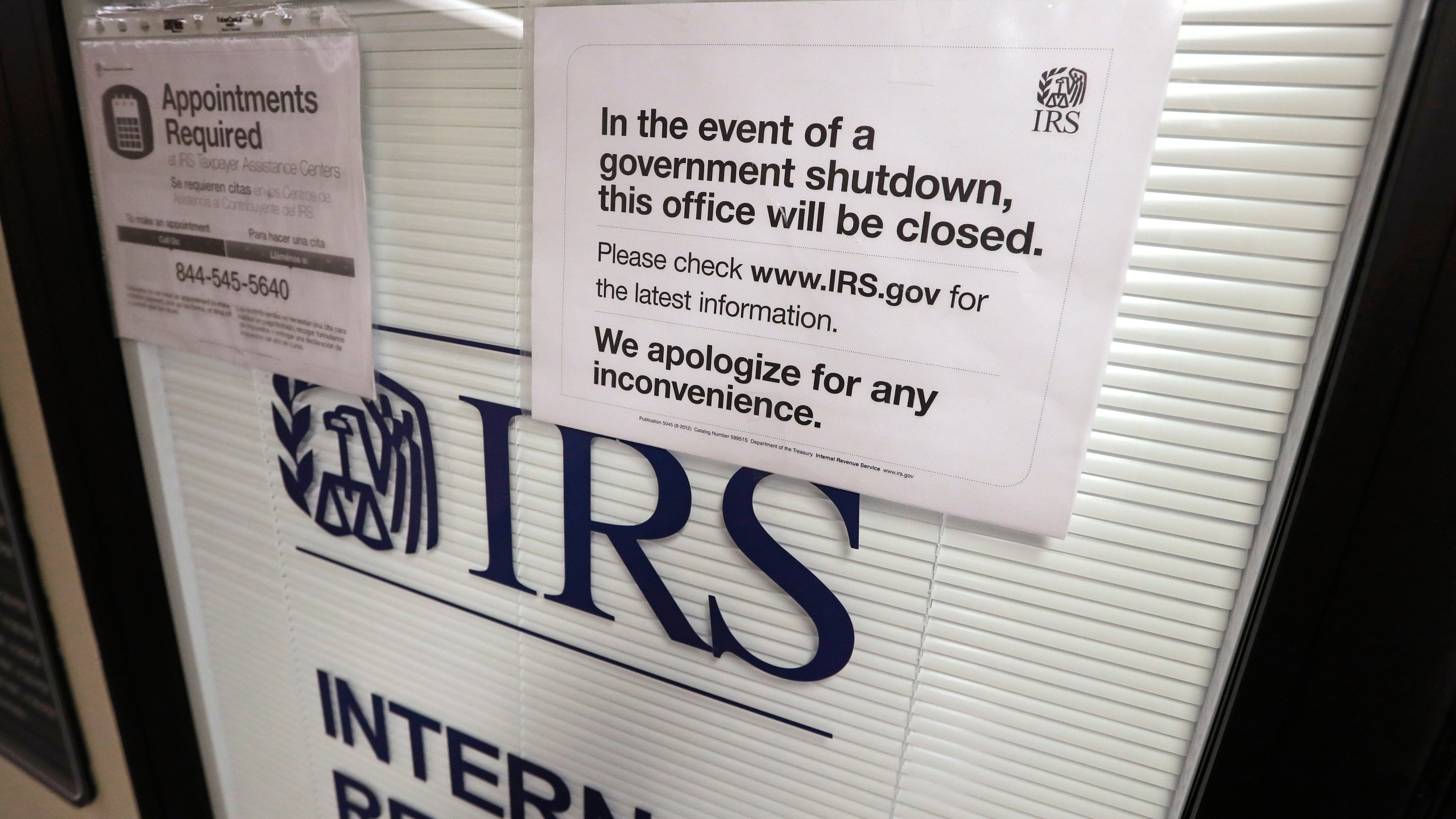 IRS_Watchdog_Impact_of_Shutdown_41330-159532.jpg17990251