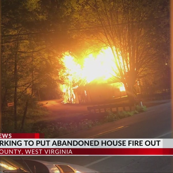 Crews Battle House Fire in Kanawha County