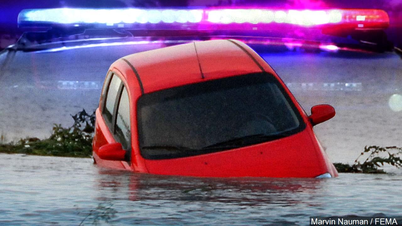 Car into water_1558729583414.jpg