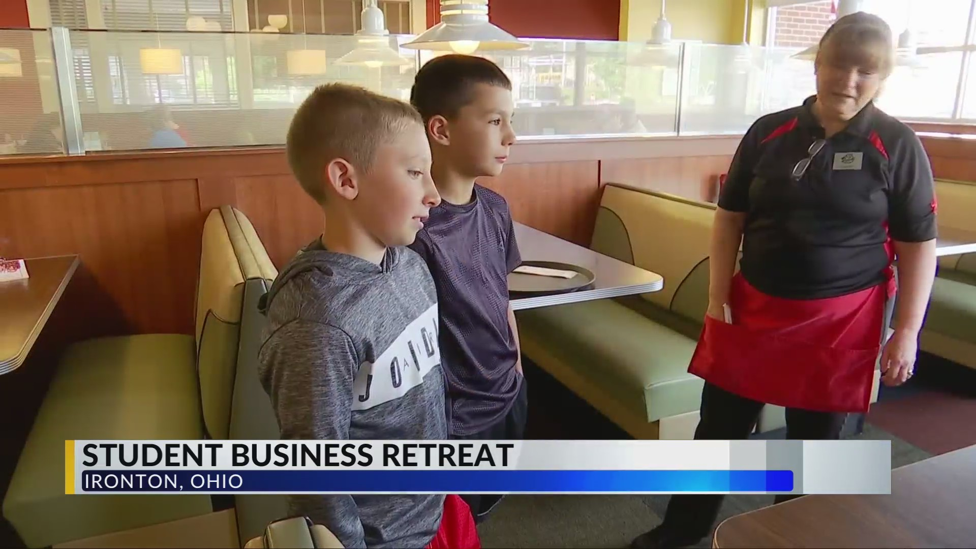 Students on business retreat, learn outside of the classroom