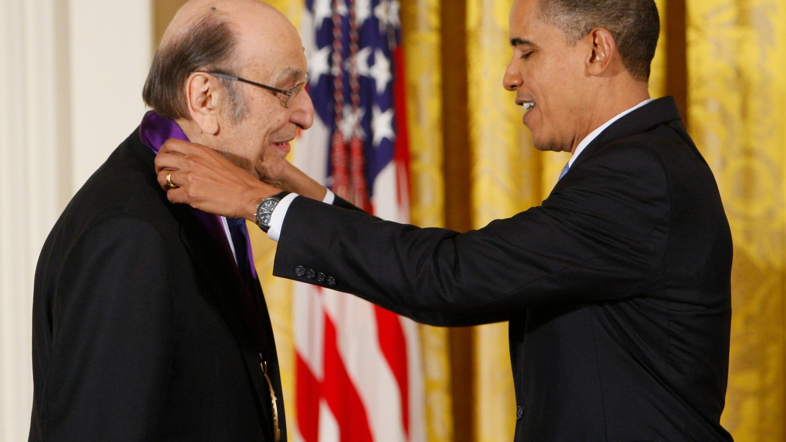 Barack Obama, Milton Glaser