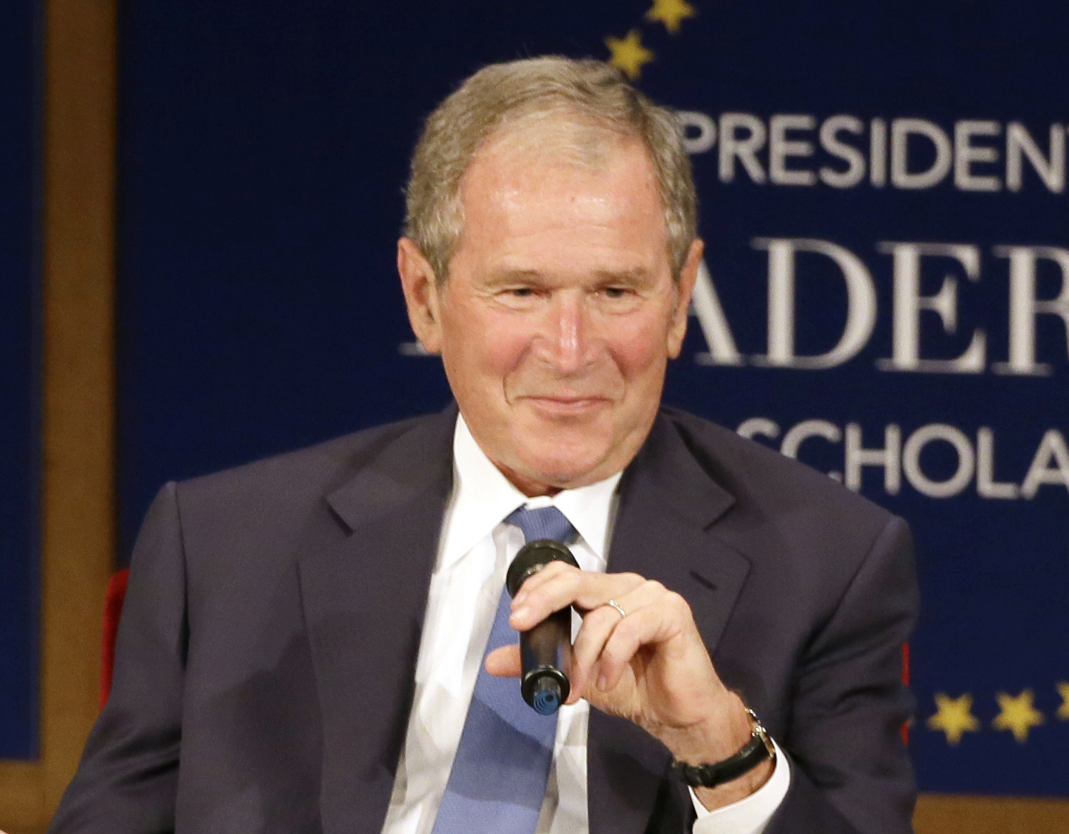 Bill Clinton, George W. Bush