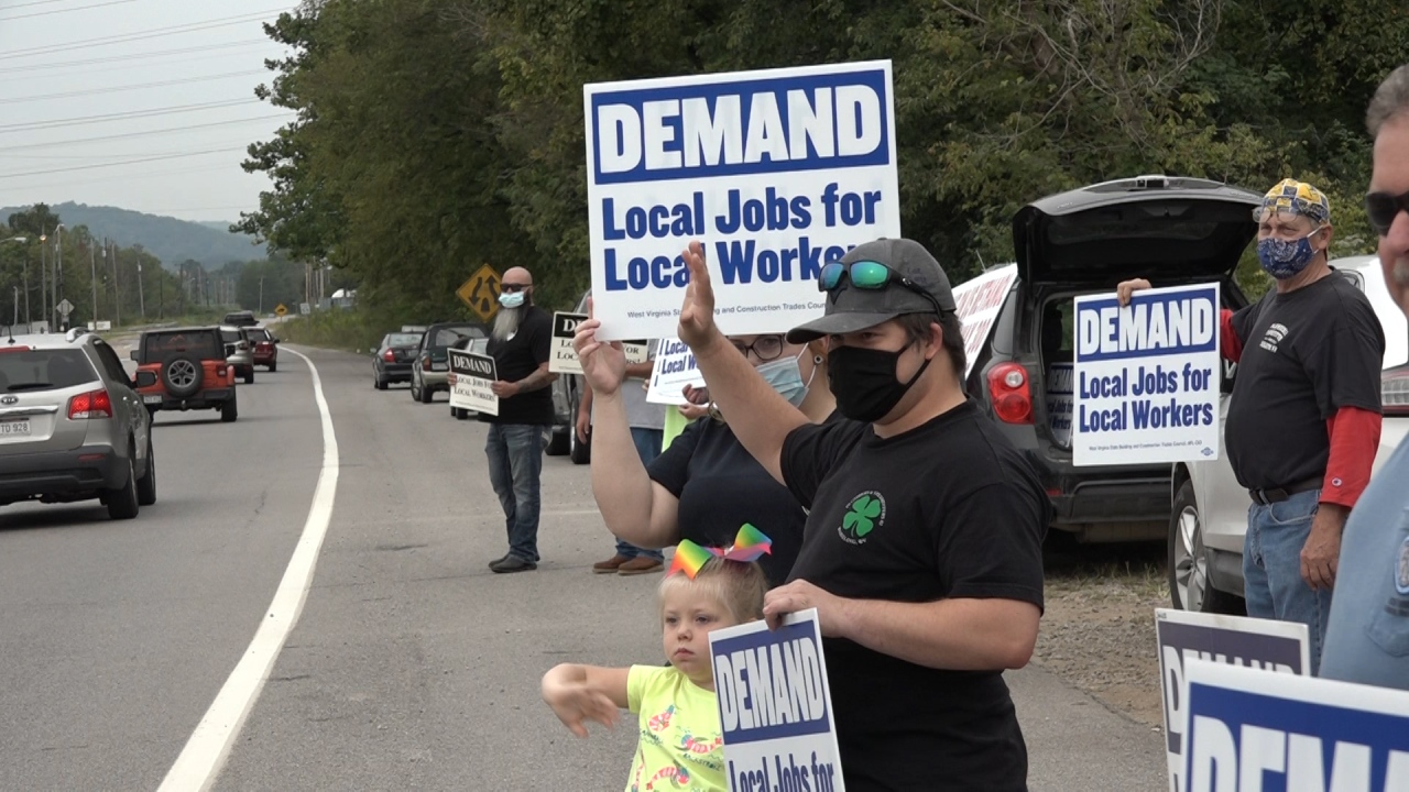 WV labor unions picket plant with out- of-state workers